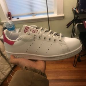 Adidas stan smith shoes women 7.5-8/youth size 6.6